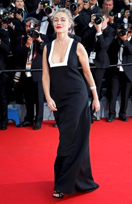 "Actress Emmanuelle Beart poses on the red carpet as she arrives for the opening ceremony and the screening of the film ""La tete haute"" out of competition during the 68th Cannes Film Festival in Cannes, southern France, May 13, 2015. The 68th edition of the film festival will run from May 13 to May 24.             REUTERS/Eric Gaillard"