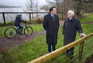 Dean O'Connor (11), from Blessington, Transport Minister Leo Varadkar and project manager John Horan at the launch of the Blessington Greenway.