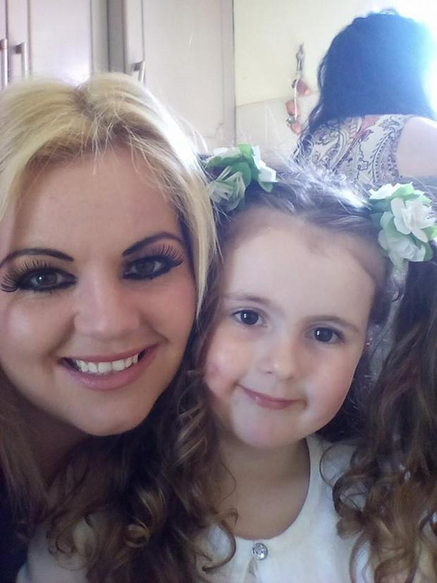 Cilla pictured with her daughter Dollyanna (5)