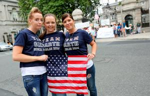 Garth Brooks fans Danielle Dolan, Sarah Cunningham and Nicola Fitzpatrick at the protest outside Dail Eireann.  Picture;  GERRY MOONEY.  13/7/14