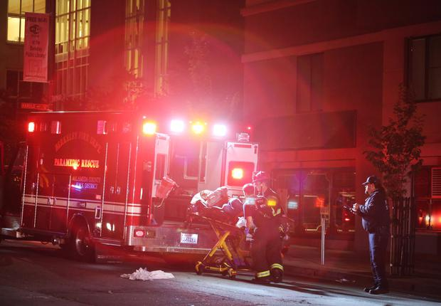 Berkeley, United States. 16th June 2015 A balcony collapsed at the Library Gardens Apartments, in Berkeley, California, early Tuesday. Five people were killed and eight hospitalized