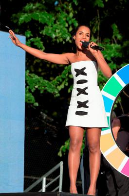 Actress Kerry Washington performs on stage at the 2015 Global Citizen Festival to end extreme poverty by 2030 in Central Park on September 26, 2015 in New York City.  (Photo by Theo Wargo/Getty Images for Global Citizen)