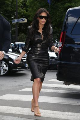Kim Kardashian arrives at the 'L'Avenue' restaurant on May 22, 2014 in Paris, France.  (Photo by Marc Piasecki/GC Images)