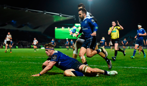 Jamie Heaslip of Leinster goes over to score his side's tenth try. Photo: Sportsfile