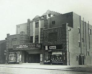 "The cinema in ""times gone by"". Pic credit: DFB/cinemaheritagegroup.org/Twitter"