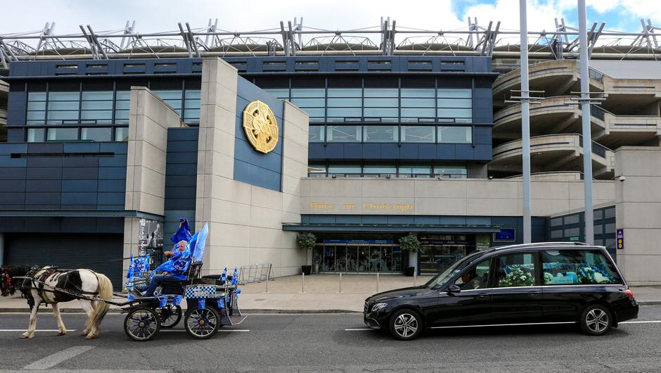 Funeral of Dublin GAA fan Tony 'Molly Malone' Broughan stops at Croke Park on the way to Glasnevin Cemetery  Picture: Gerry Mooney