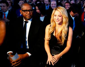 Colombian singer Shakira and U.S. actor Forest Whitaker are pictured during the Crystal Awards ceremony of the annual meeting of the World Economic Forum (WEF) in Davos, Switzerland January 16, 2017.  REUTERS/Ruben Sprich