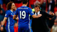 Chelsea manager Antonio Conte celebrates with Diego Costa after the game