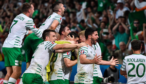 Republic of Ireland players celebrate following the UEFA Euro 2016 Group E match between Italy and Republic of Ireland. Photo by David Maher / Sportsfile