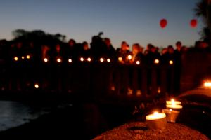 The local community of Wicklow Town hold a candlelight vigil in memory of Anne Shortall. Picture:Arthur Carron