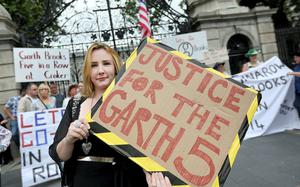 Garth Brooks fan Leanne O'Hagan at the protest outside Dail Eireann.  Picture;  GERRY MOONEY.  13/7/14