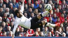 Juan Mata scores the second goal for Manchester United