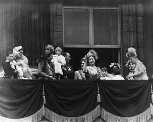 Members of the Royal Family on the balcony following the wedding of Princess Elizabeth and Philip Mountbatten; (L-R) Duke of Kent, Duchess of Kent, Princess Andrew of Greece, Duke of Gloucester holding Prince Richard, Duchess of Gloucester, Queen Elizabeth, Prince William of Gloucester, Prince Michael of Kent, Princess Elizabeth and Queen Mary, at Buckingham Palace, London, November 20th 1947. (Photo by Hulton Archive/Getty Images)