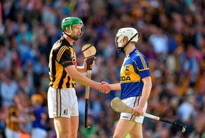 Kilkenny's Henry Shefflin and Michael Cahill of Tipperary shake hands after the drawn All-Ireland hurling final. Photo: Brendan Moran / SPORTSFILE