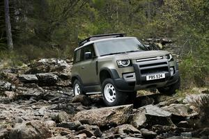 OPTIONS: The new Land Rover Defender starts at €68,160