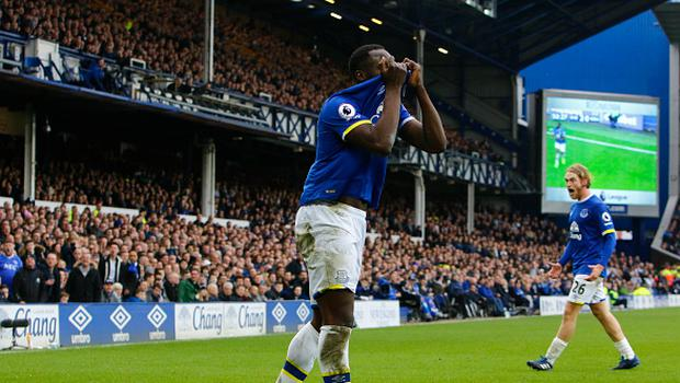 March 11th 2017, Liverpool, Merseyside, England; EPL Premier League football, Everton versus West Bromwich Albion; Romelu Lukaku of Everton shows his frustration after referee Graham Scott awards a foul against him (Photo by Alan Martin/Action Plus via Getty Images)