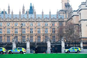 Police outside the Palace of Westminster, London, after sounds similar to gunfire have been heard close to the Palace of Westminster. A man with a knife has been seen within the confines of the Palace, eyewitnesses said. Photo: Victoria Jones/PA Wire