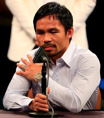 Pacquiao: Shoulder injury