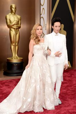HOLLYWOOD, CA - MARCH 02:  TV Personalities Johnny Weir (L) and Tara Lipinski attend the Oscars held at Hollywood & Highland Center on March 2, 2014 in Hollywood, California.  (Photo by Jason Merritt/Getty Images)