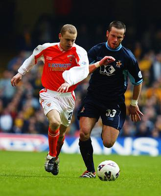 Freddie Murray (right) in his playing days with Cambridge United during the 2002 LDV Vans Trophy Final played at the Millennium Stadium. Photo Credit: Mike Hewitt/Getty Images