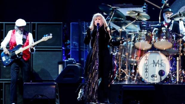 Singer Stevie Nicks from Fleetwood Mac performs on the Main Stage at the Isle of Wight Festival