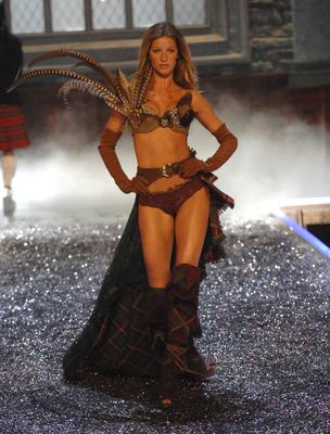 Gisele Bundchen during 11th Victoria's Secret Fashion Show - Runway at Kodak Theatre in Hollywood, CA, United States. (Photo by KMazur/WireImage)
