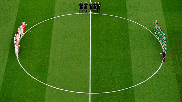 13 June 2015; A minute's appluase before the start of the game. UEFA EURO 2016 Championship Qualifier, Group D, Republic of Ireland v Scotland, Aviva Stadium, Lansdowne Road, Dublin. Picture credit: Ramsey Cardy / SPORTSFILE