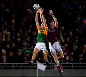 Diarmuid O'Connor of Kerry in action against Cein D'Arcy of Galway. Photo: Diarmuid Greene/Sportsfile