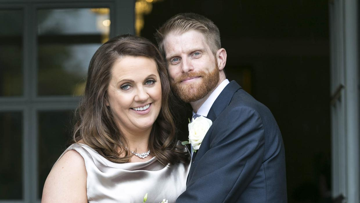 Broadcaster Ruth Scott Weds Rob Morgan In Civil Ceremony Independent Ie