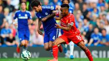 LONDON, ENGLAND - MAY 10:  Cesc Fabregas of Chelsea and Raheem Sterling of Liverpool battle for the ball during the Barclays Premier League match between Chelsea and Liverpool at Stamford Bridge on May 10, 2015 in London, England.  (Photo by Shaun Botterill/Getty Images)