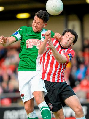 26 June 2015; Billy Dennehy, Cork City, in action against Barry McNamee, Derry City. SSE Airtricity League Premier Division, Derry City v Cork City, Brandywell, Derry. Picture credit: Oliver McVeigh / SPORTSFILE