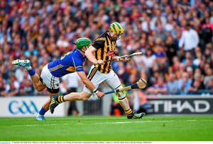 Richie Power, Kilkenny, in action against James Barry, Tipperary. GAA Hurling All Ireland Senior Championship Final Replay, Kilkenny v Tipperary. Croke Park, Dublin. Picture credit: Ray McManus / SPORTSFILE