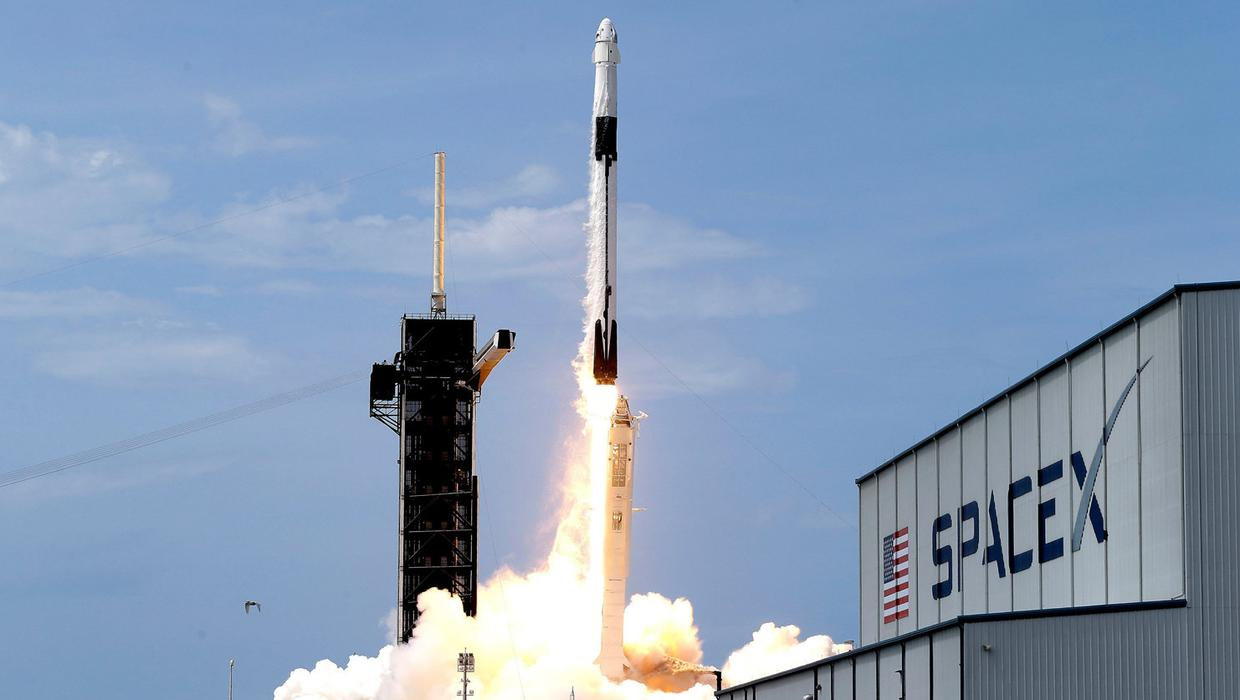 'Copy Shannon' - historic SpaceX launch rocket passes over Ireland