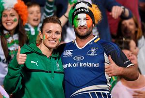 Leinster Rugby and Ireland fan Jeremy Simpson, from Marlborough, New Zeland, with Lorraine Murphy, from Edenderry, Co Offaly, in Perth. Ray McManus / SPORTSFILE