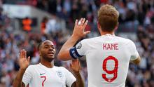 Soccer Football - Euro 2020 Qualifier - Group A - England v Bulgaria - Wembley Stadium, London, Britain - September 7, 2019  England's Raheem Sterling celebrates scoring their third goal with Harry Kane          REUTERS/David Klein