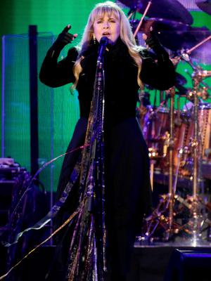 Stevie Nicks of Fleetwood Mac performing on the Main Stage at the Isle of Wight Festival, in Seaclose Park, Newport, Isle of Wight. PRESS ASSOCIATION Photo. Picture date: Sunday June 14, 2015. Photo credit should read: Yui Mok/PA Wire