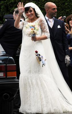 Lily Allen and Sam Cooper are wed at St James the Great church on June 11, 2011 in Cranham, Gloucestershire, England.  (Photo by Martin Grimes/FilmMagic)
