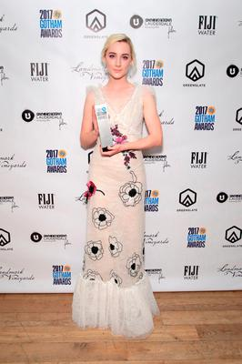 Actor Saoirse Ronan poses with her award backstage during IFP's 27th Annual Gotham Independent Film Awards on November 27, 2017 in New York City.  (Photo by Cindy Ord/Getty Images for IFP)
