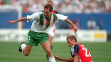 28 Jun 1994: JASON MCATEER OF IRELAND CLASHES WITH LARS BOHINEN OF NORWAY DURING THEIR 1994 WORLD CUP MATCH AT GIANTS STADIUM IN EAST RUTHERFORD, NEW JERSEY.
