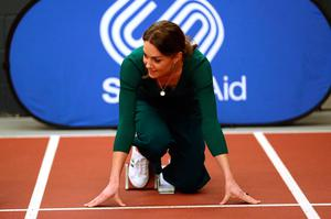 The Duchess of Cambridge prepares to exit the starting blocks during a SportsAid event at the London Stadium in Stratford, London. PA Photo. Picture date: Wednesday February 26, 2020. See PA story ROYAL Kate. Photo credit should read: Yui Mok/PA Wire