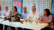 """Sinn Fein northern chairman Bobby Storey (centre) has accused unionists of using his """"wrongful detention"""" to try to pull down power sharing. Pic: Kevin Scott / Presseye"""