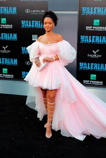 """Rihanna attends the premiere of EuropaCorp and STX Entertainment's """"Valerian and The City of a Thousand Planets"""" at TCL Chinese Theatre on July 17, 2017 in Hollywood, California.  (Photo by Neilson Barnard/Getty Images)"""