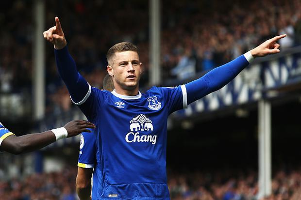 LIVERPOOL, ENGLAND - AUGUST 13: Ross Barkley of Everton celebrates scoring his sides first goal during the Premier League match between Everton and Tottenham Hotspur at Goodison Park on August 13, 2016 in Liverpool, England. (Photo by Jan Kruger/Getty Images)