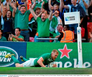 27 September 2015; Keith Earls, Ireland, goes over to score his side's second try. 2015 Rugby World Cup, Pool D, Ireland v Romania, Wembley Stadium, Wembley, London, England. Picture credit: Stephen McCarthy / SPORTSFILE
