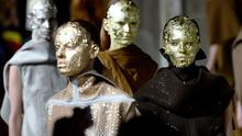 Models present creations by Rick Owens during the 2015-2016 fall/winter ready-to-wear collection fashion show on March 5, 2015 in Paris.    AFP PHOTO / BERTRAND GUAYBERTRAND GUAY/AFP/Getty Images