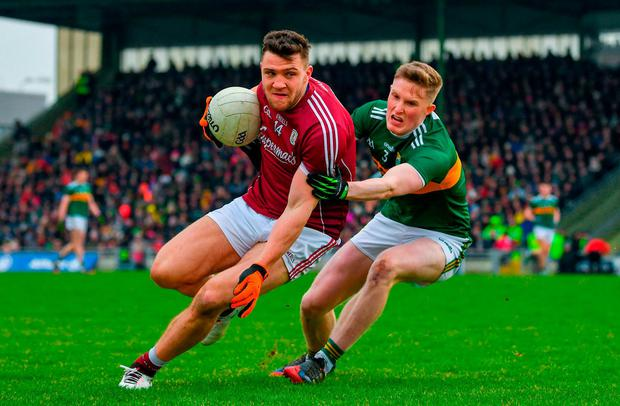 Damien Comer will renew rivalry with Jason Foley when Galway take on Kerry on Sunday. Photo: Diarmuid Greene/Sportsfile