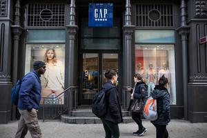 GAP CEO Glenn Murphy has been working to maintain sales growth as the choppy economic recovery restrains shoppers' appetites for new fashions.  Photo credit: Andrew Burton/Getty Images