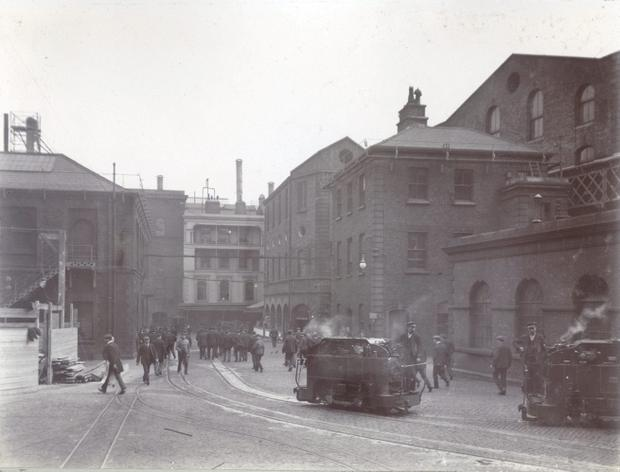 Locomotives cross the Brewery yard at St. James`s Gate Brewery, c.1906