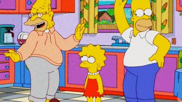 Grandpa and Homer Simpson don't impress daughter Lisa with their bad dancing