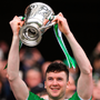 Limerick captain Declan Hannon lifts the cup. Photo by Piaras Ó Mídheach/Sportsfile